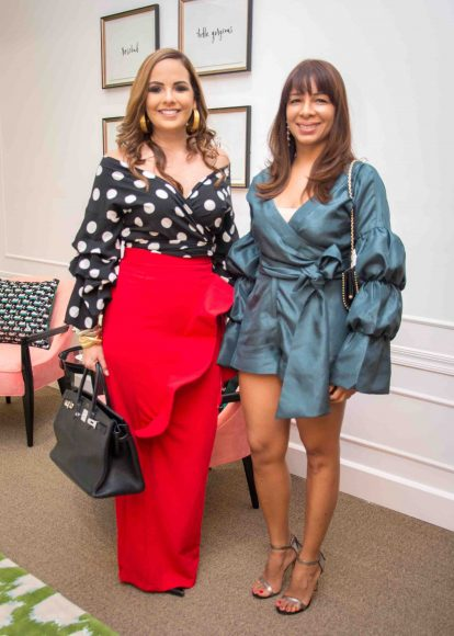 12. Elisa Pimentel y Karina Fabian