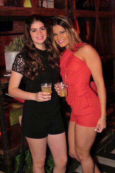 3.Claudia COnde y Eva Reynoso