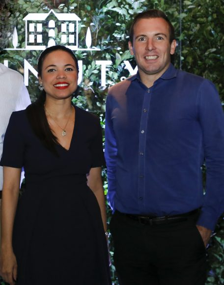 5. Michelle Menéndez y David Guilbault