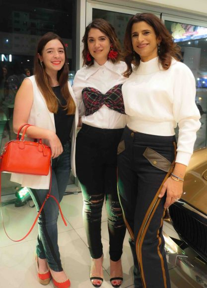 3. Ana Cristina Hernández, María Conchita Árcala y Roxanna Rizek