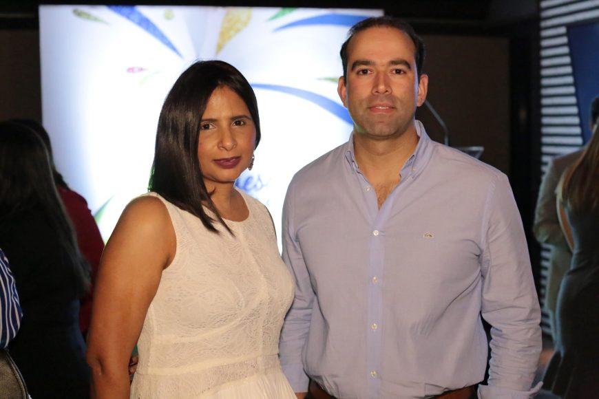4. Annette Herasme y Mariano González