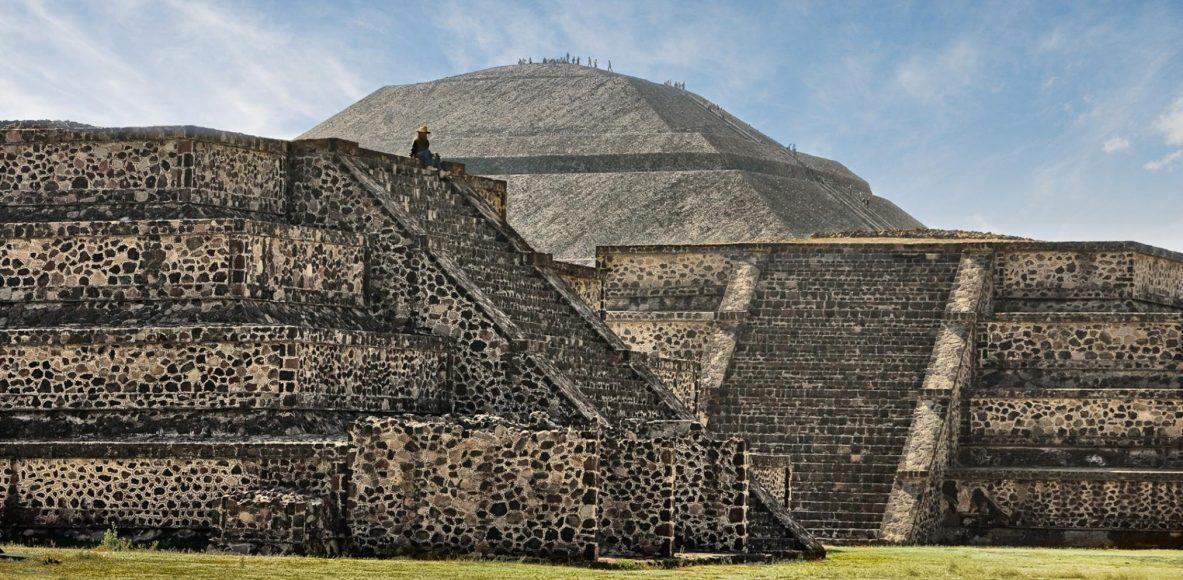 actividades-principales_estado-de-mexico_san-juan-teotihuacan_teotihuacan-un-paseo-por-la-tierra-de-los-dioses_01