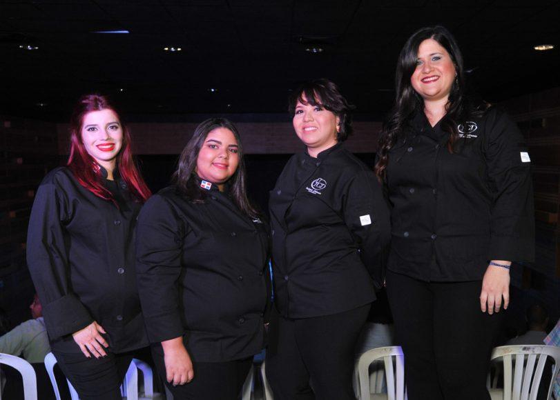 (2) Mónica García, Penélope Peña, Patricia Lizardo, Gloria Castaños
