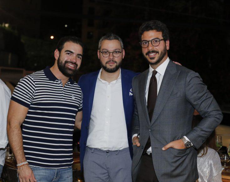 2. Carlos Beras, Yaqui Núñez y Christian Llenas