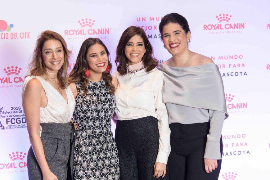 2. Francesca Robiou, Camila Garcia , Maria Antonia Logroño y Maite Mallen