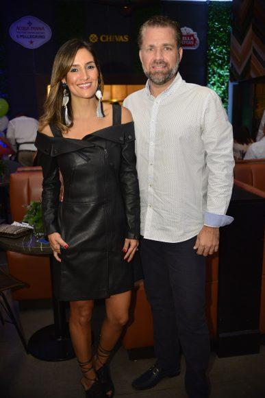 4. Maris Samayoa y Joaquín Sosa