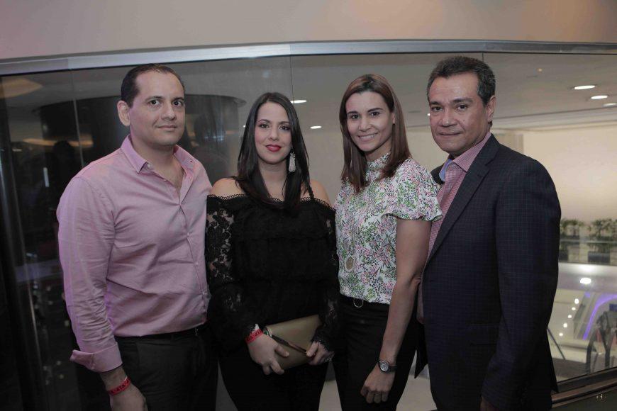 6. Omar Lluveres, Lore de Lluveres, Patricia Nieto y Máximo Deño