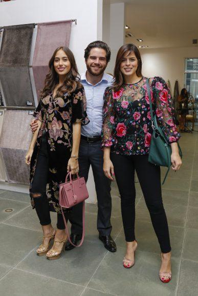 7. Marcelle de Moya, Thiago de Cunha y Graciella Dietsch