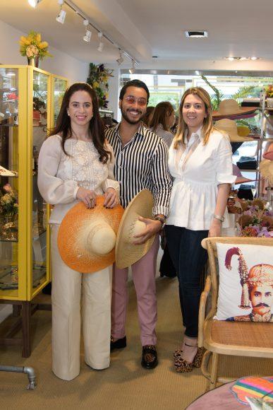 4. Alis Custodio, Sebastian Pou y Paola Santa