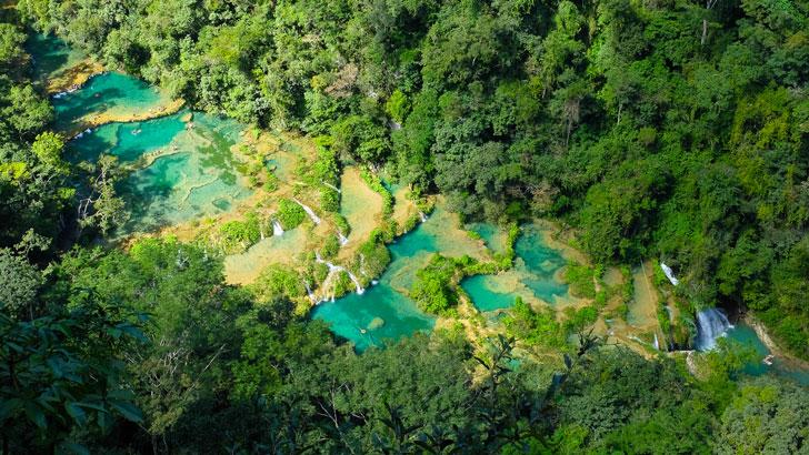 semuc-champey-piscina-natural-turquesa-guatemala