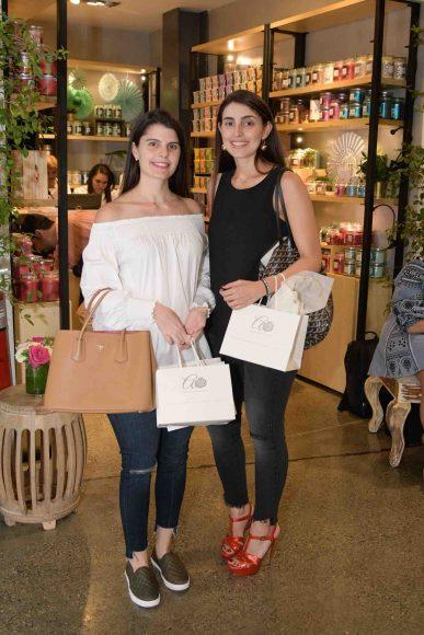 4. Gabriela Antún y Laura Subero
