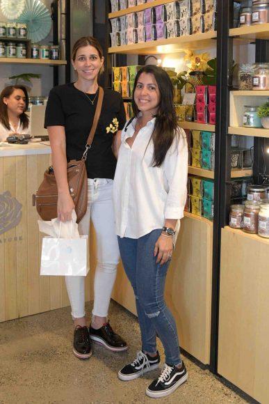 8. Elila Valdez y Nurian García