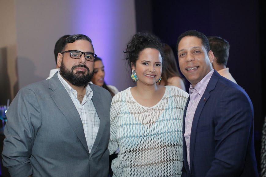 9. Manuel Rodríguez, Carla Riedel y Edgar Cadena