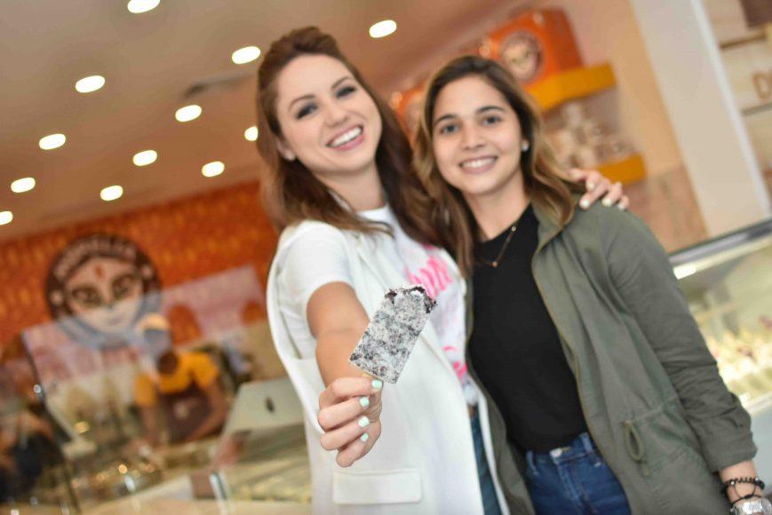14.Lorenna Pierre & Lora Amalia Fernaìndez