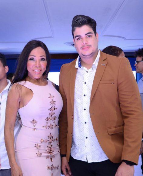 1 Magali Febles y Bray Vargas.