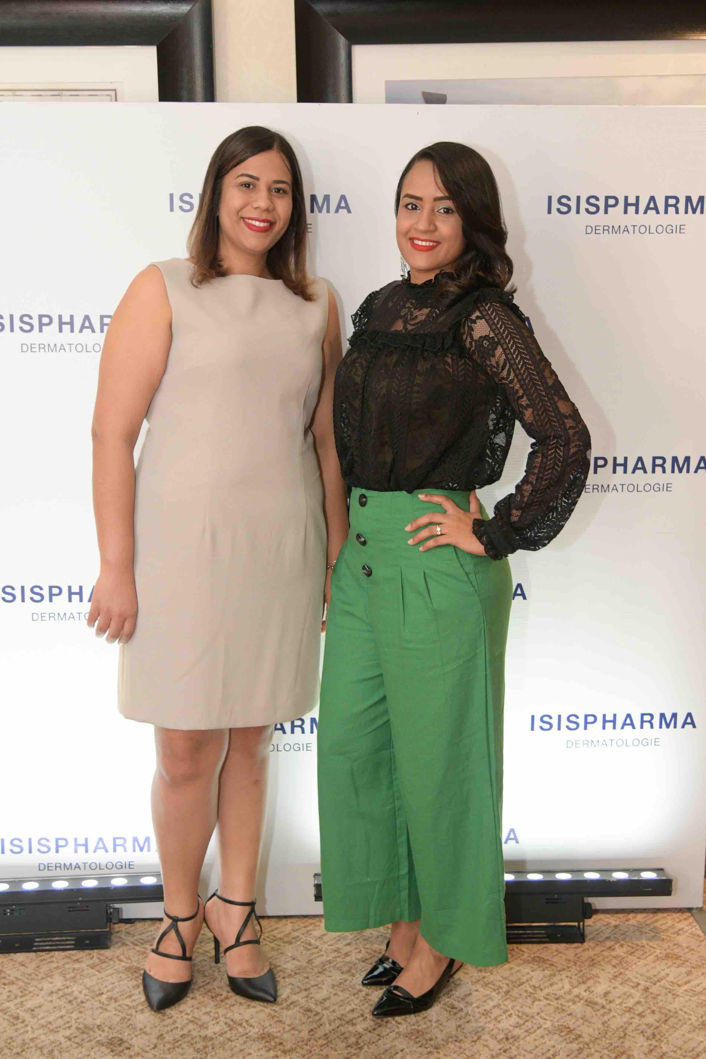 14. Anny Peña y Noemi Mejia