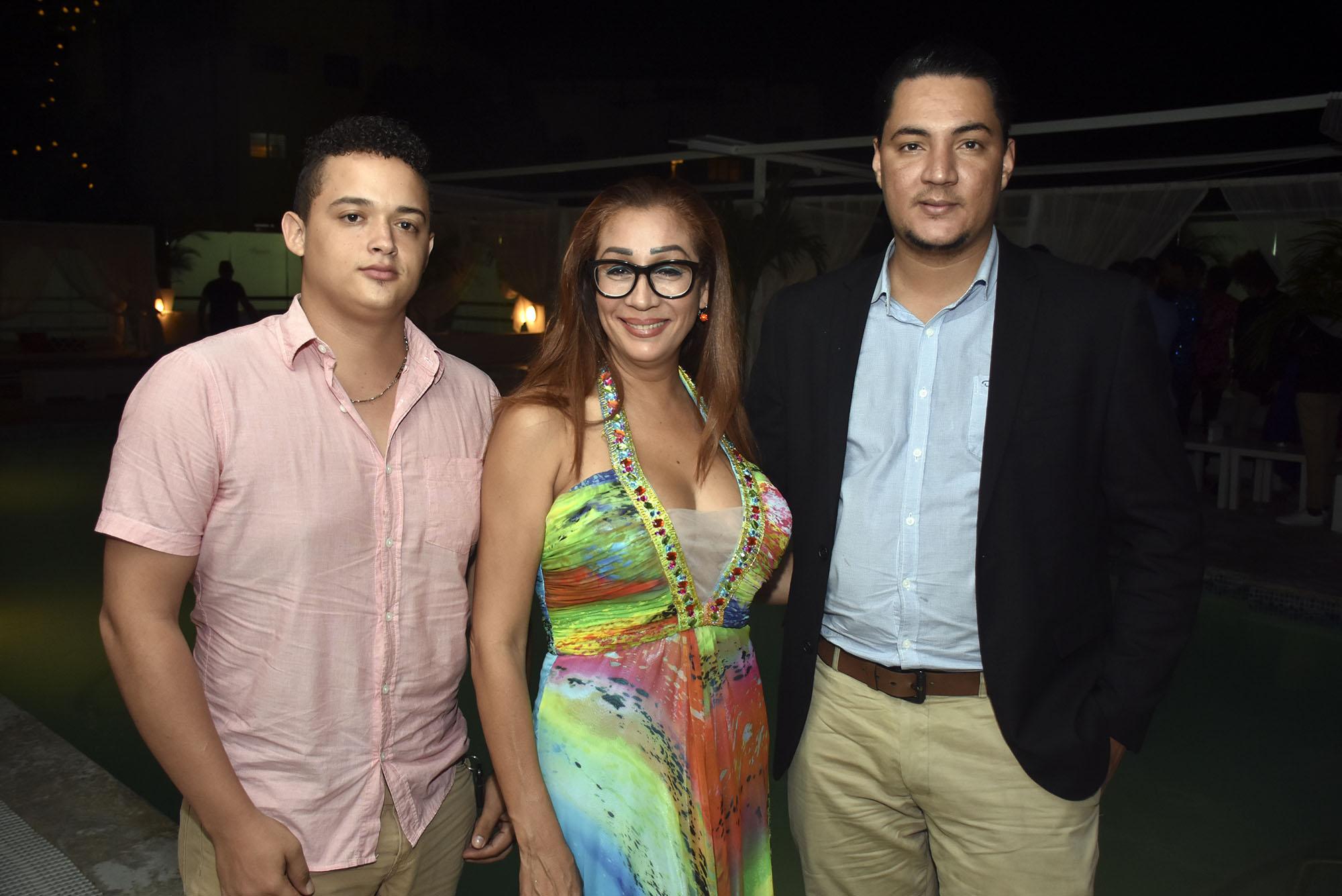 Ezequiel Reyes, Yanet Medina y Richard Encarnacion