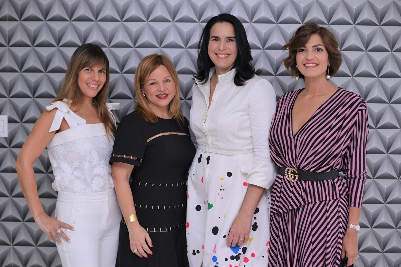 Karen Ramos,Monserrat Puig,Mari Angélica Haza,Cynthia Garate