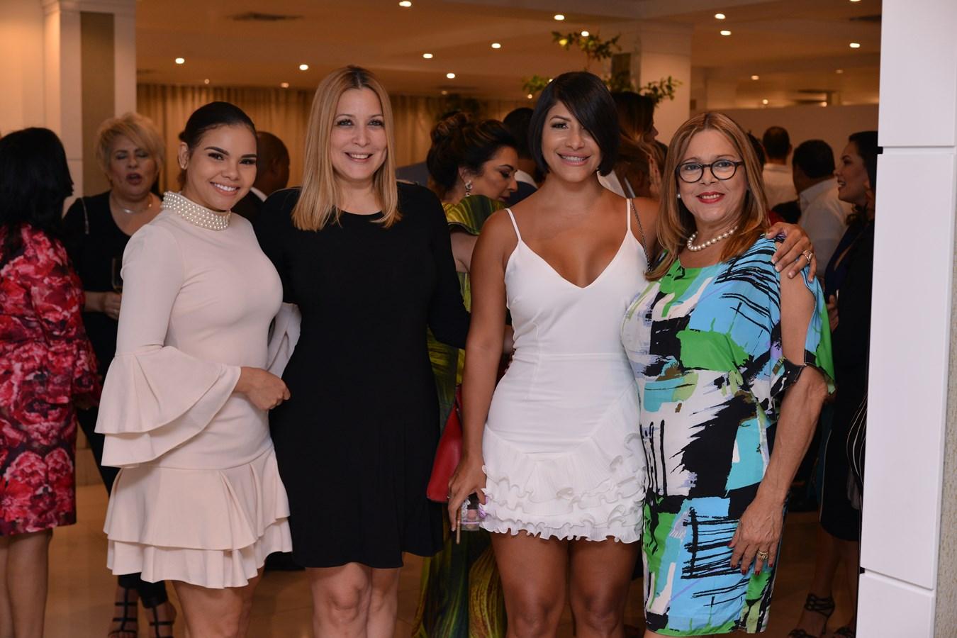 Vitaly Sánchez, Carolina Valenzuela, Arisleyda Villalona y Carmen Sosa
