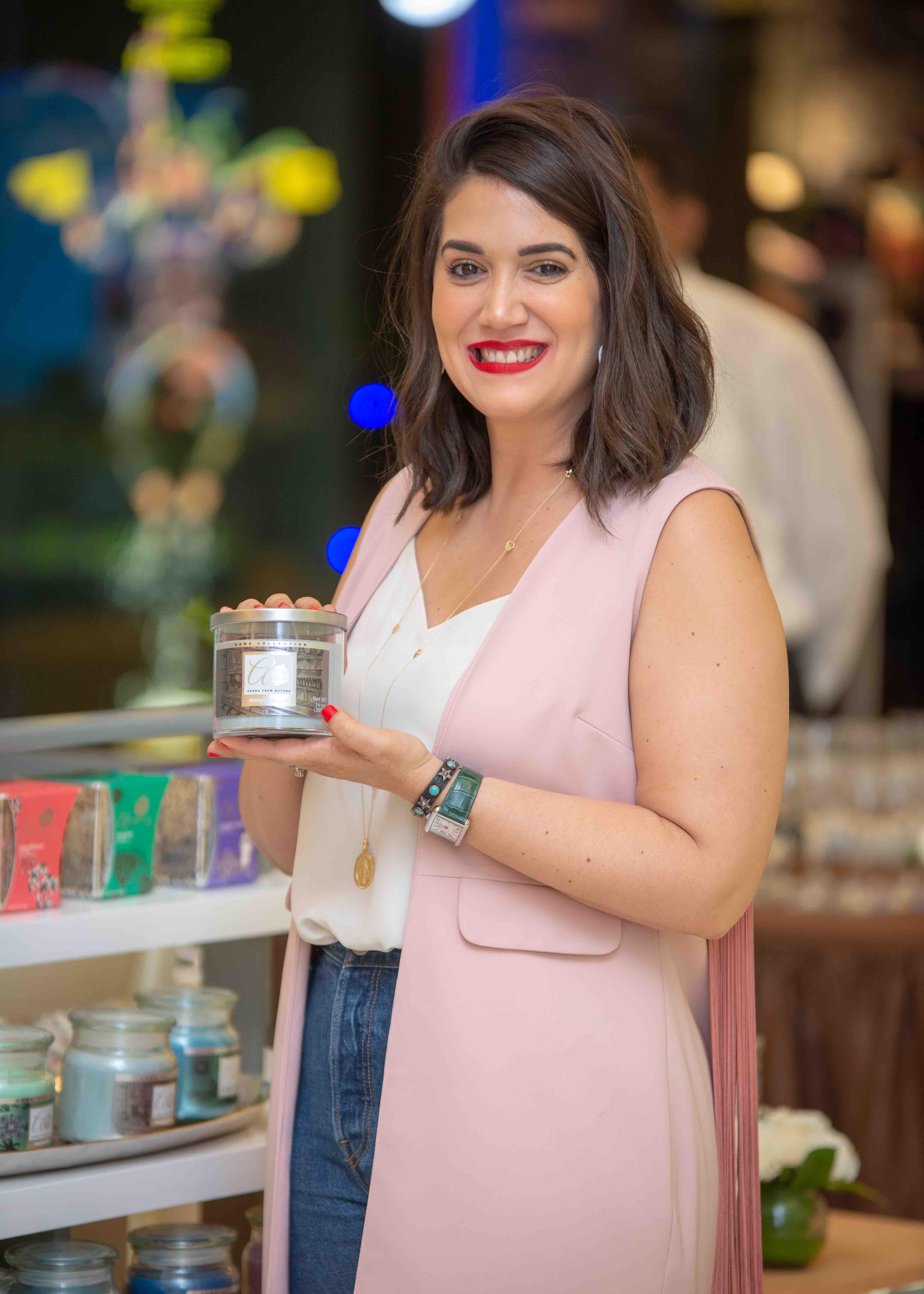 9.María Conchita Arcala