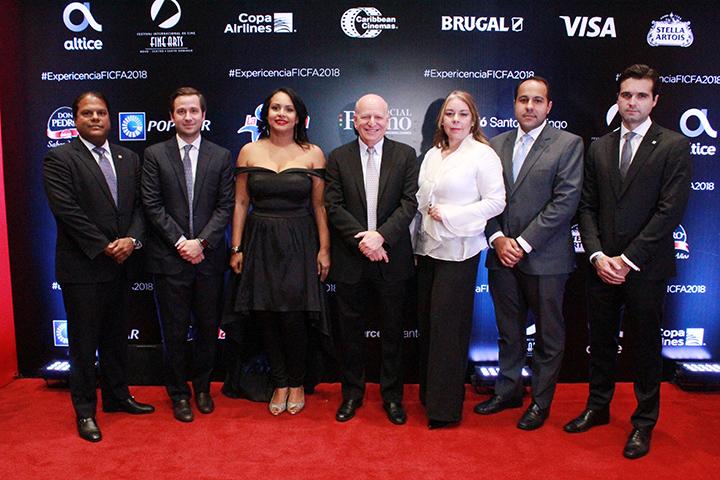 Pedro Díaz, Gregory Quinn, Zumaya Cordero, Robert Carrady, Tammy Reynoso, Jorge Luis Arias, Arturo Fernandez