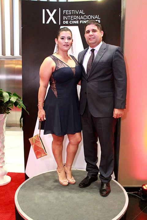 Victoria Urdaneta, Tony Morales