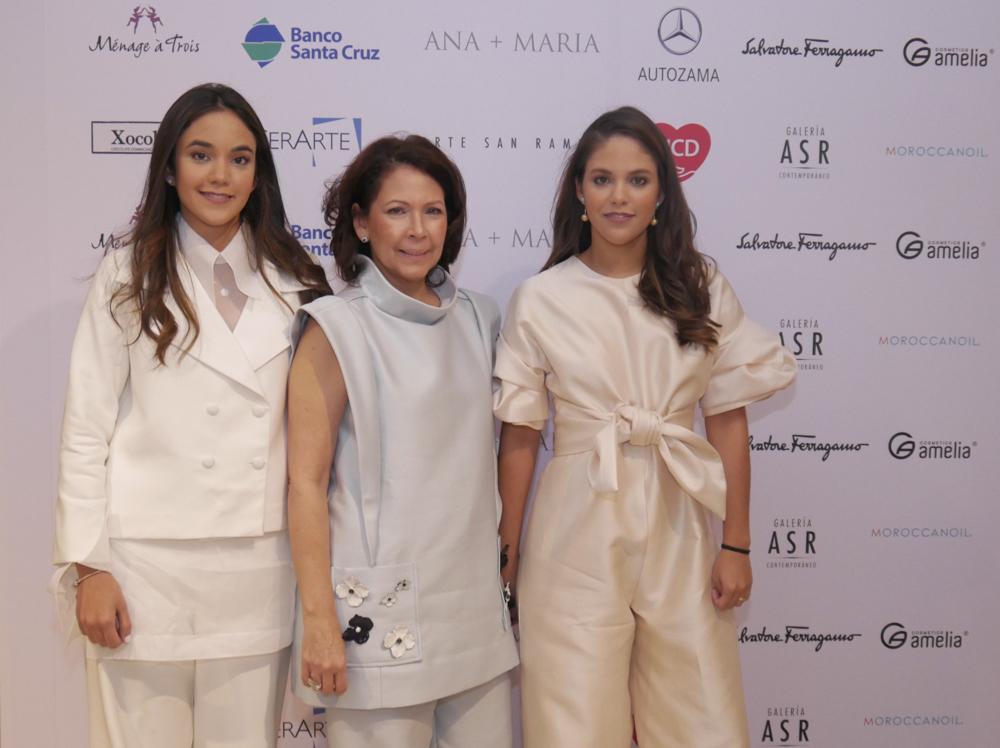 1. Jimena Cordero, Ani Luciano de Cordero, Anabella Cordero