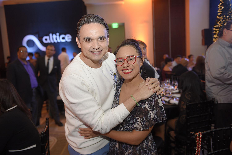 12. Cherny Reyes y Caroll Mueses