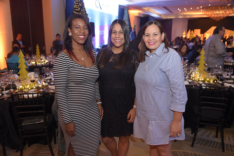 13. Lidia Mora, Lisbel Sanchez y Erika Rodriguez