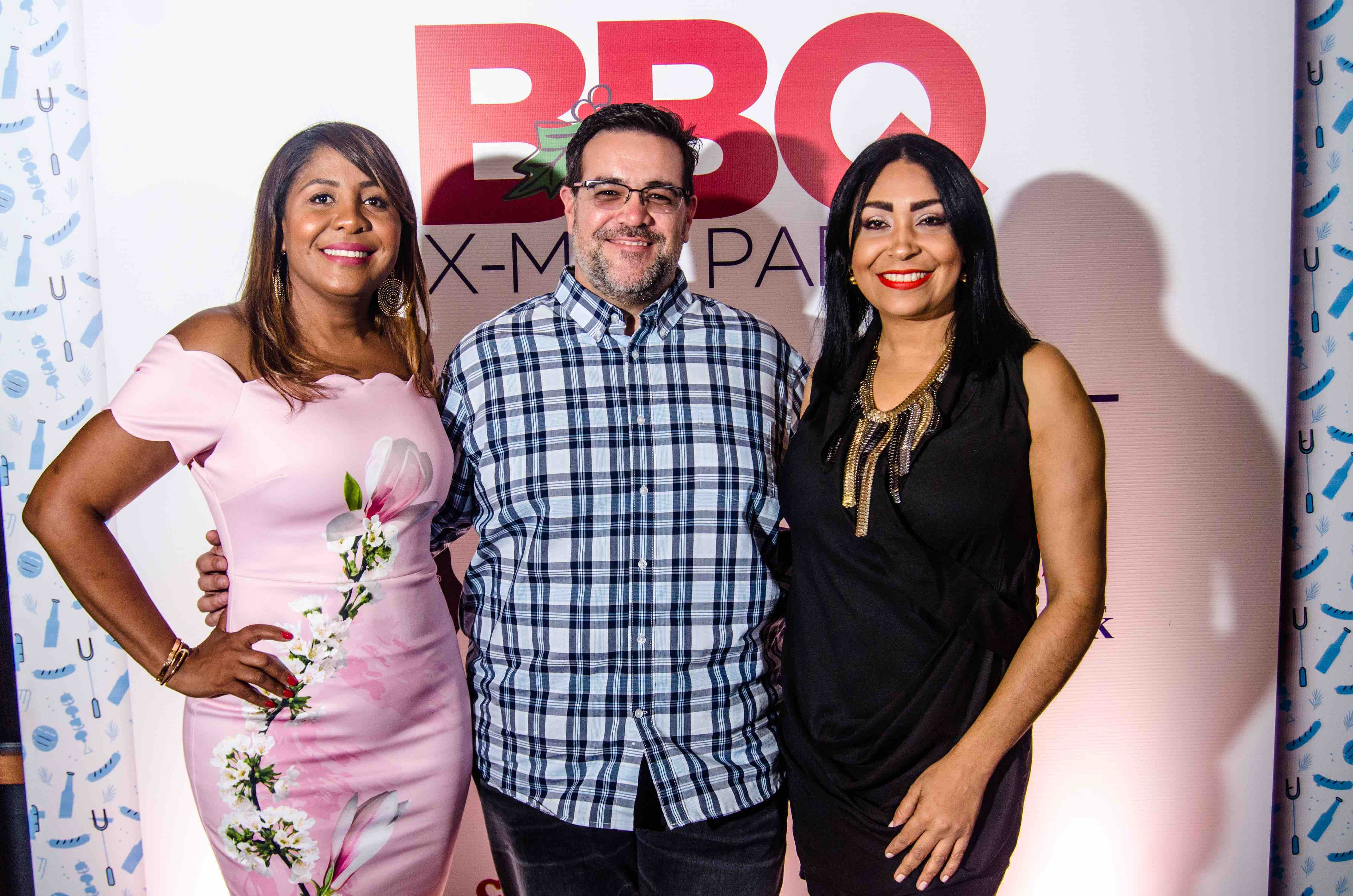 2.Gladys Tavera, Carlos Alfonso & Ivana Rodriguez