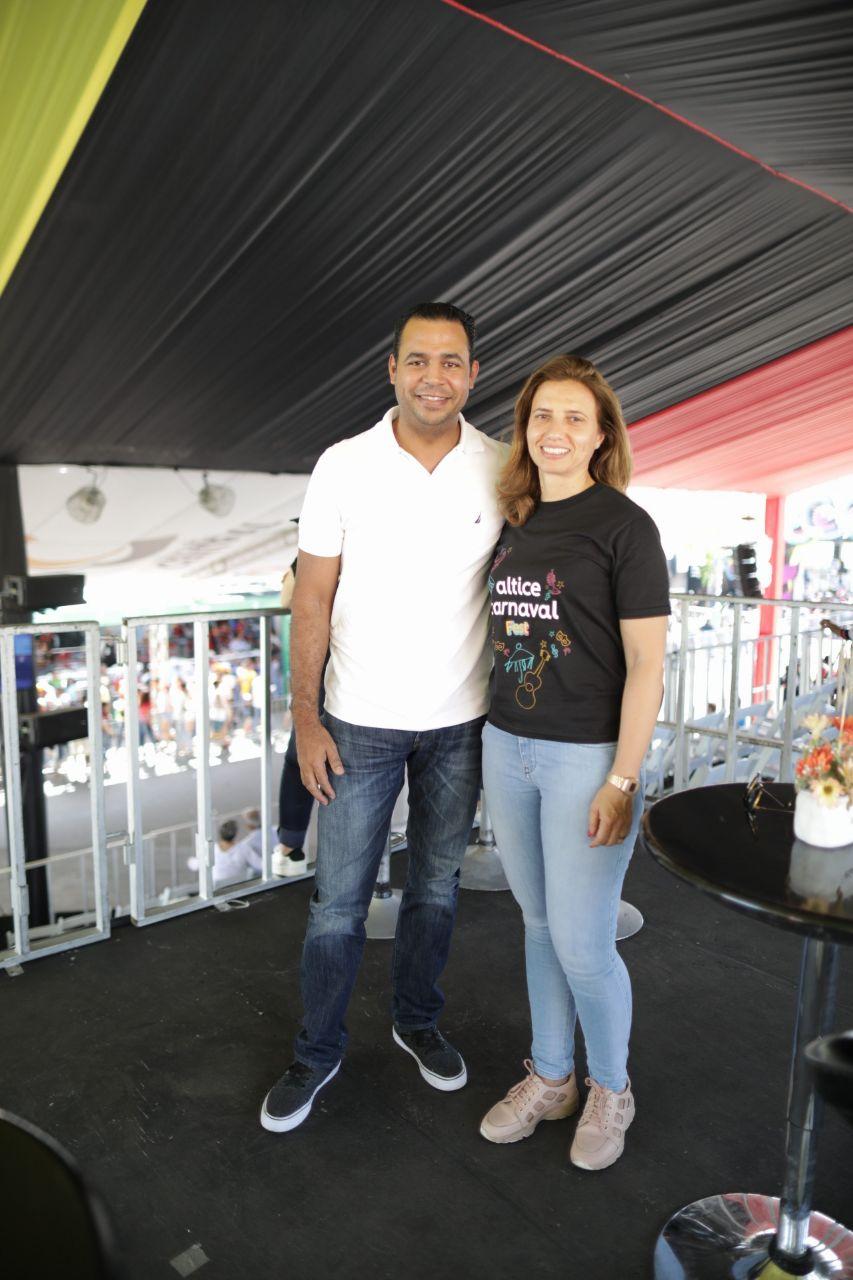 2. Rafael Pichardo y Ana Figueiredo en la cueva de los Espartanos