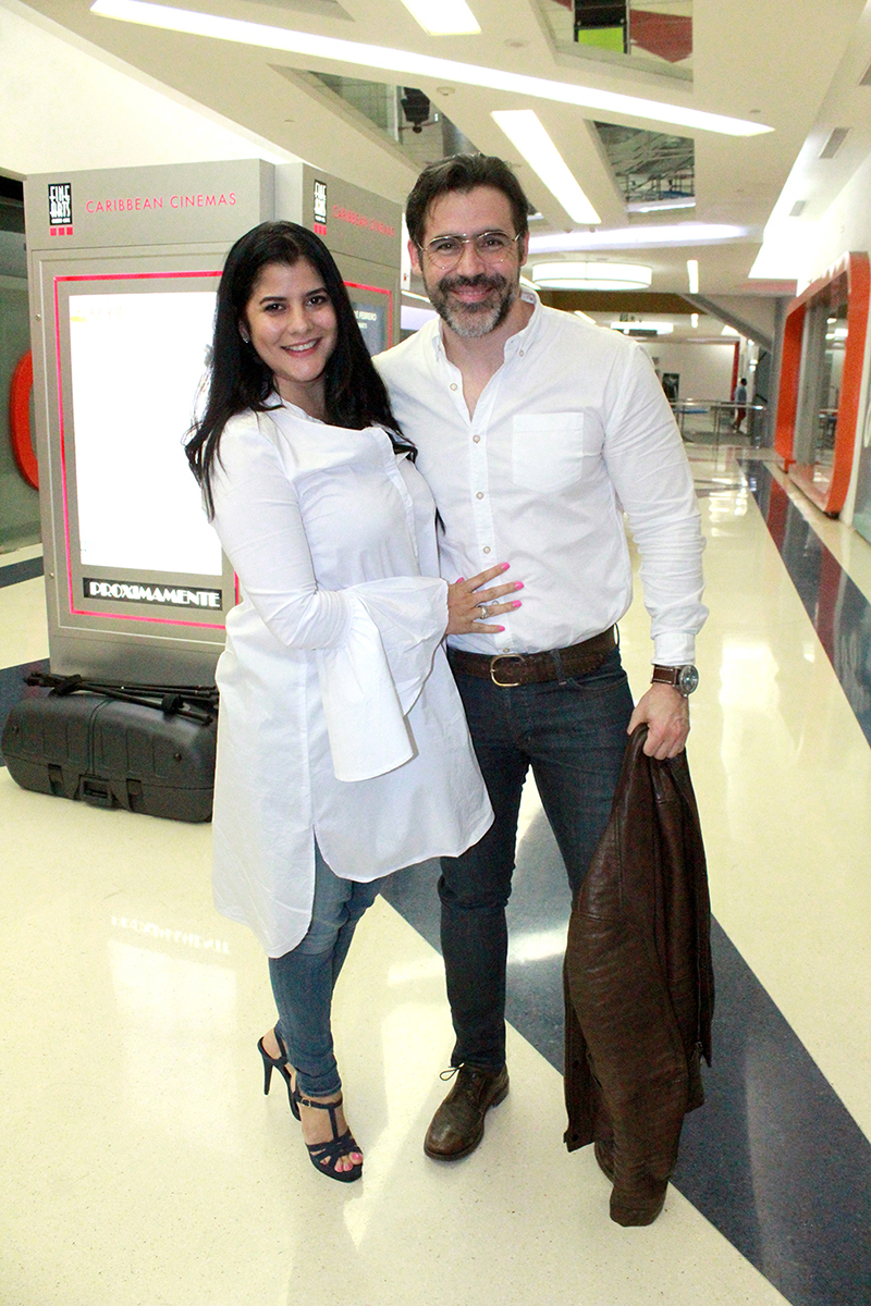 Dominique Bonelly, José Guillermo Cortines