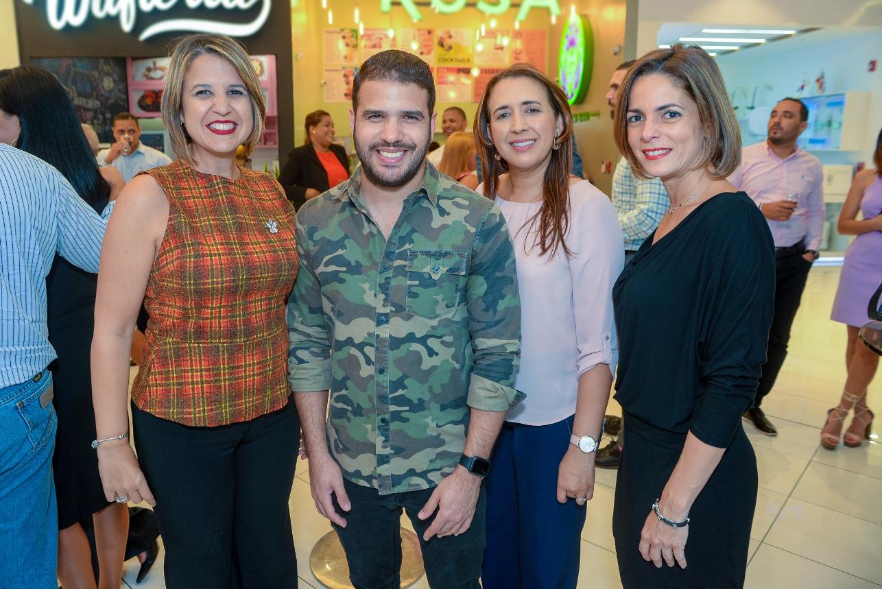 4. Gisselle Caputo, Pamel Mancebo, Delis Capellan y Karen Ariza