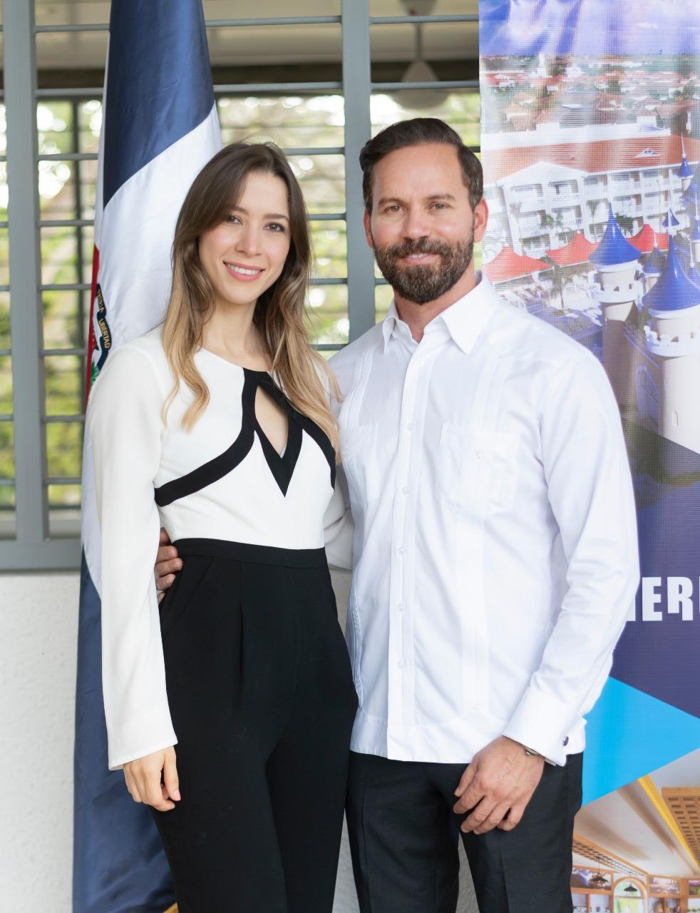 4. Sabrina Gottschalk y Hugo Pérez Ovalles