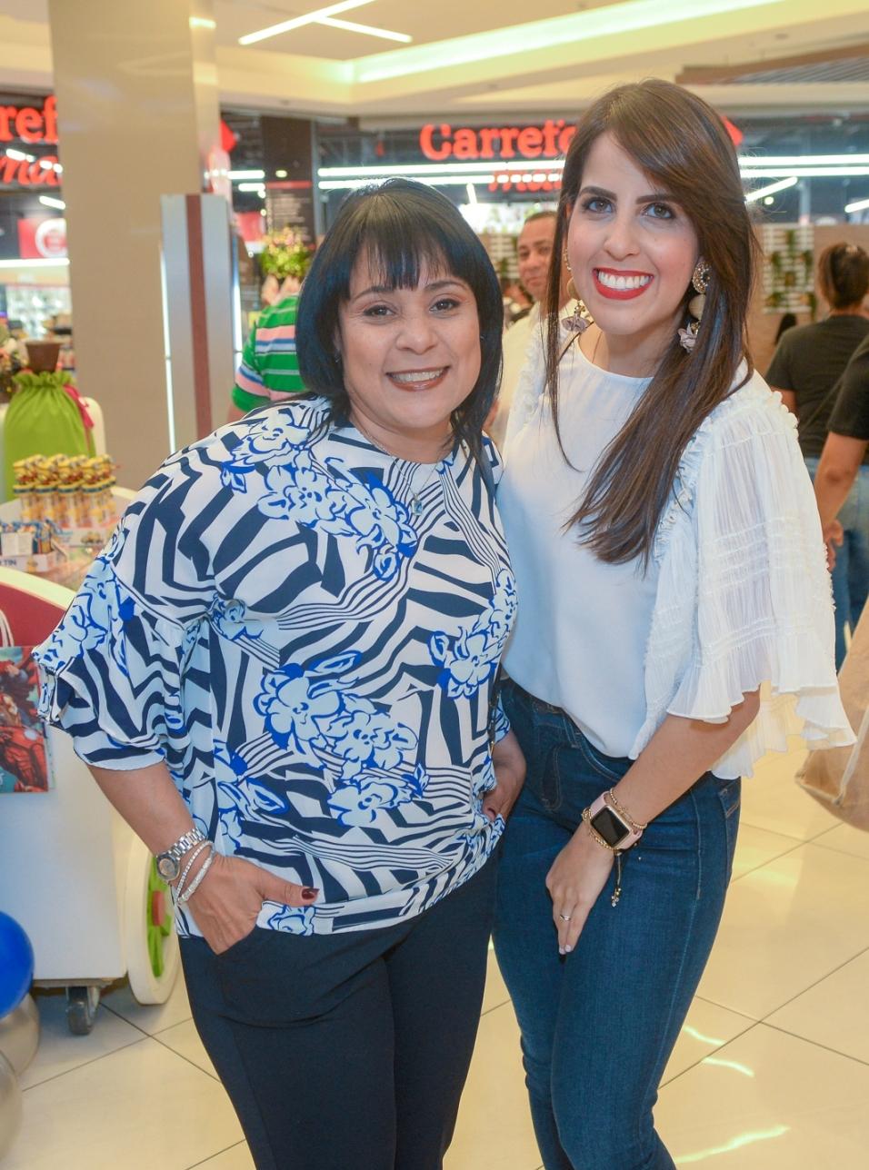 8. Jocelyn Sajour y Lucila Valentín