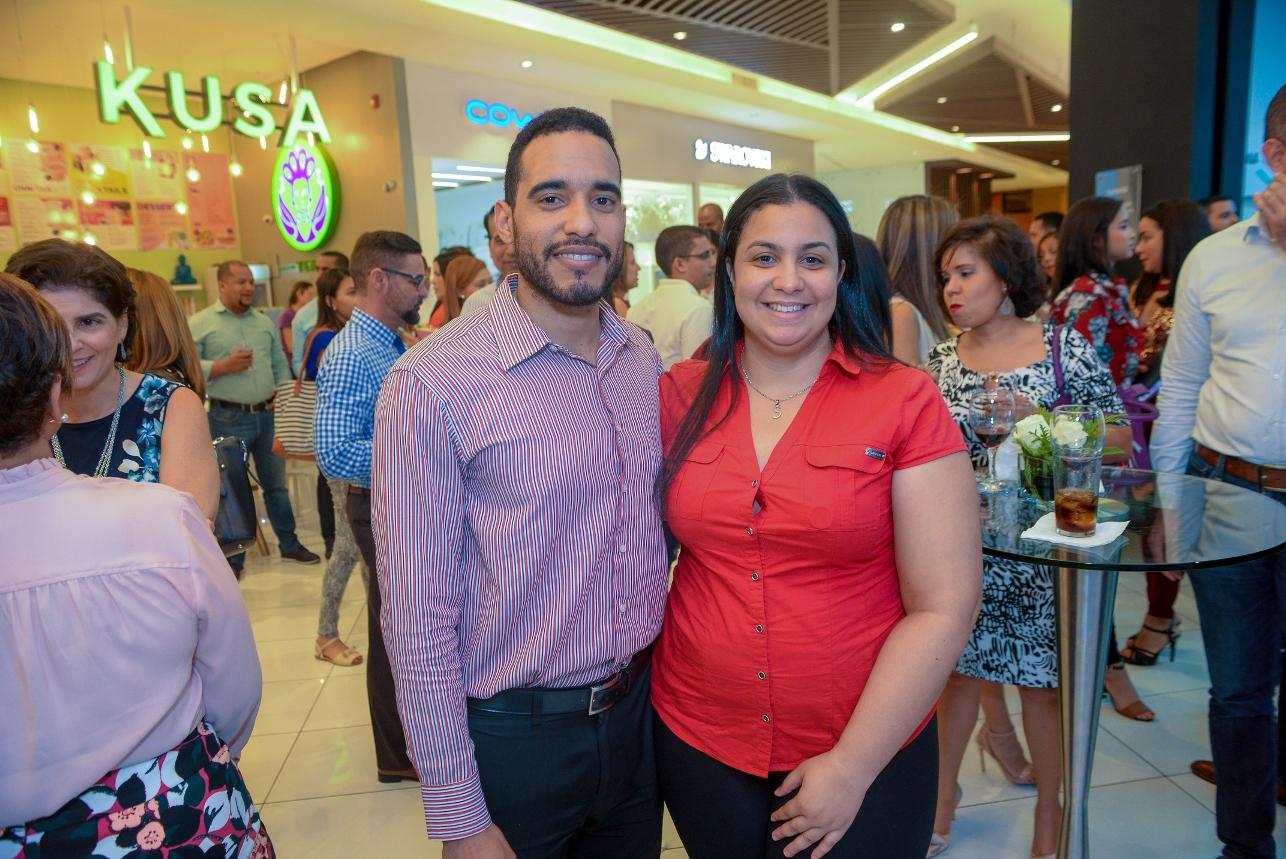 9. Carlos Liriano y Ericka Brugal