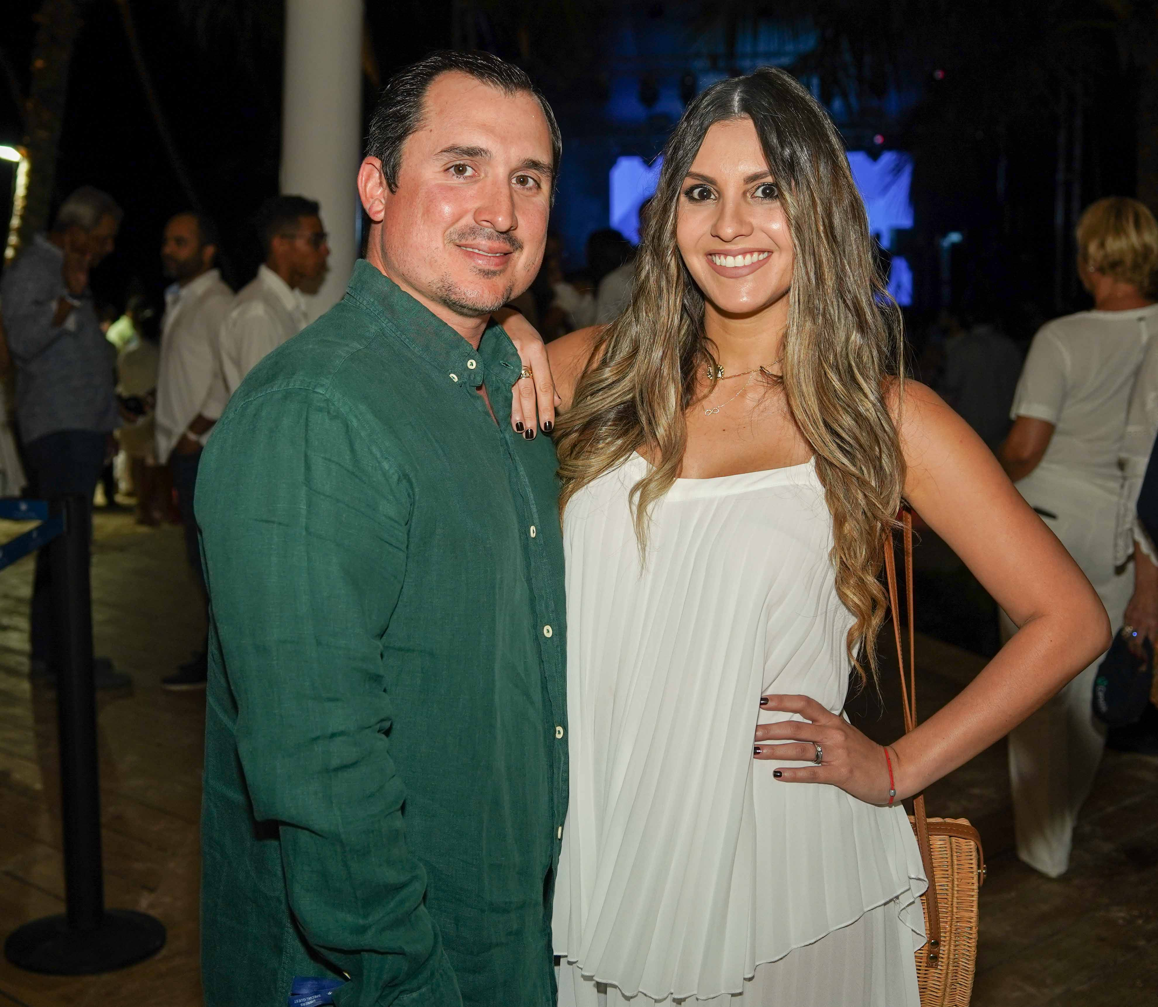 23- Juan Curbelo y Laura García