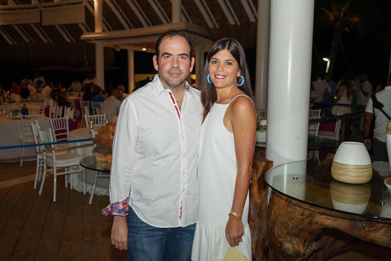 29- Giovanni Rainieri y Marie Claire Santiago