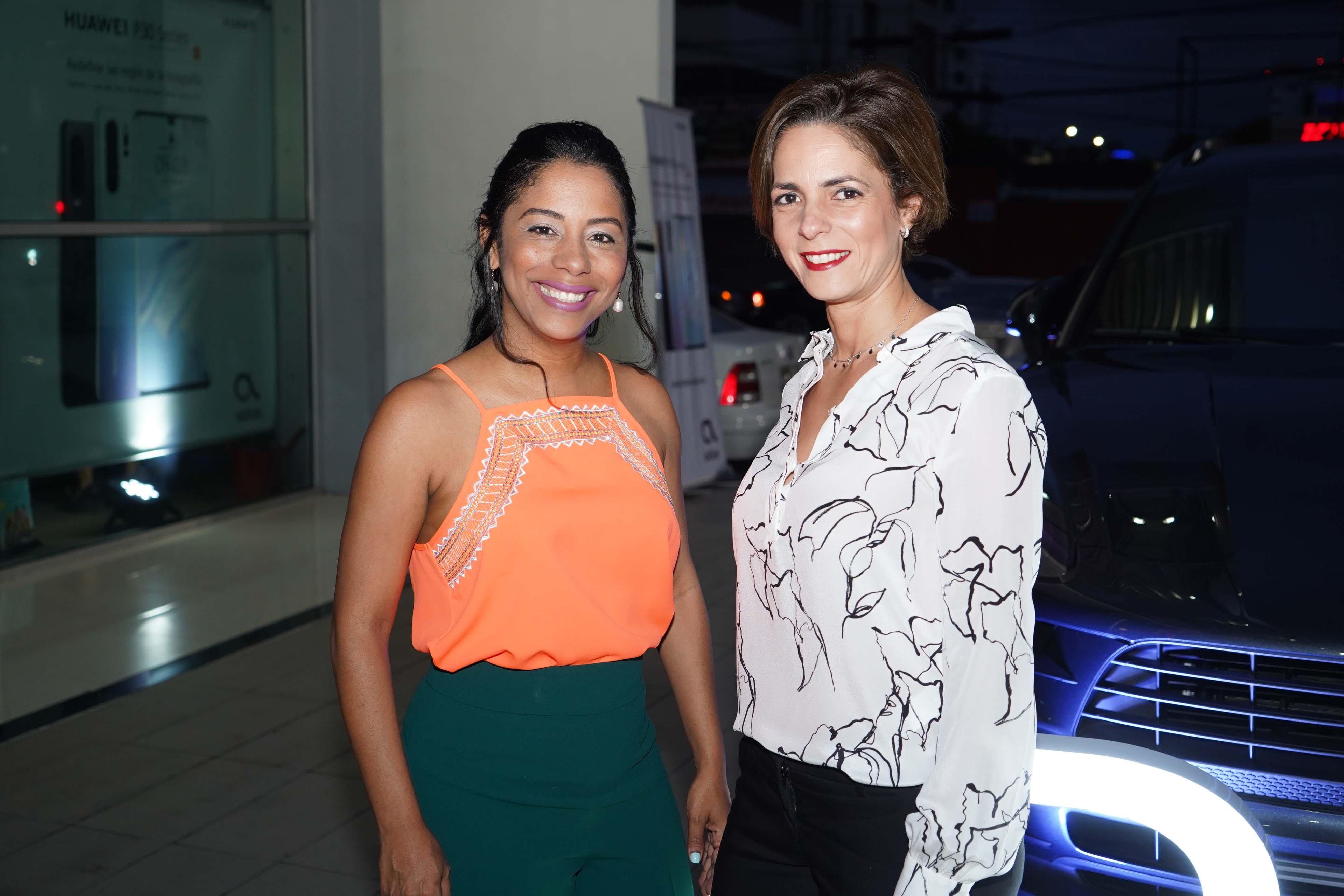 5 Kendall Roa y Karen Ariza