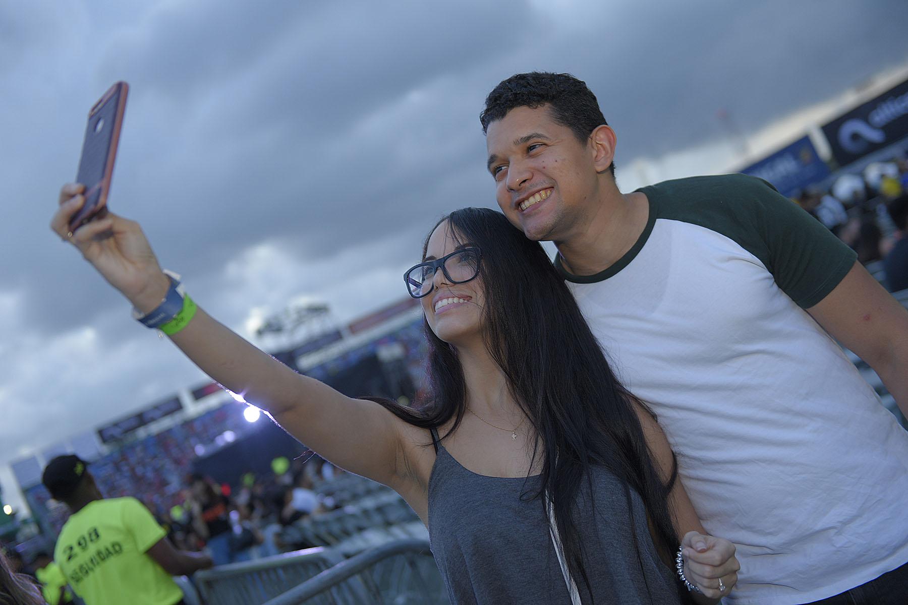 8. Nicole de la Cruz y Robert Peralta1