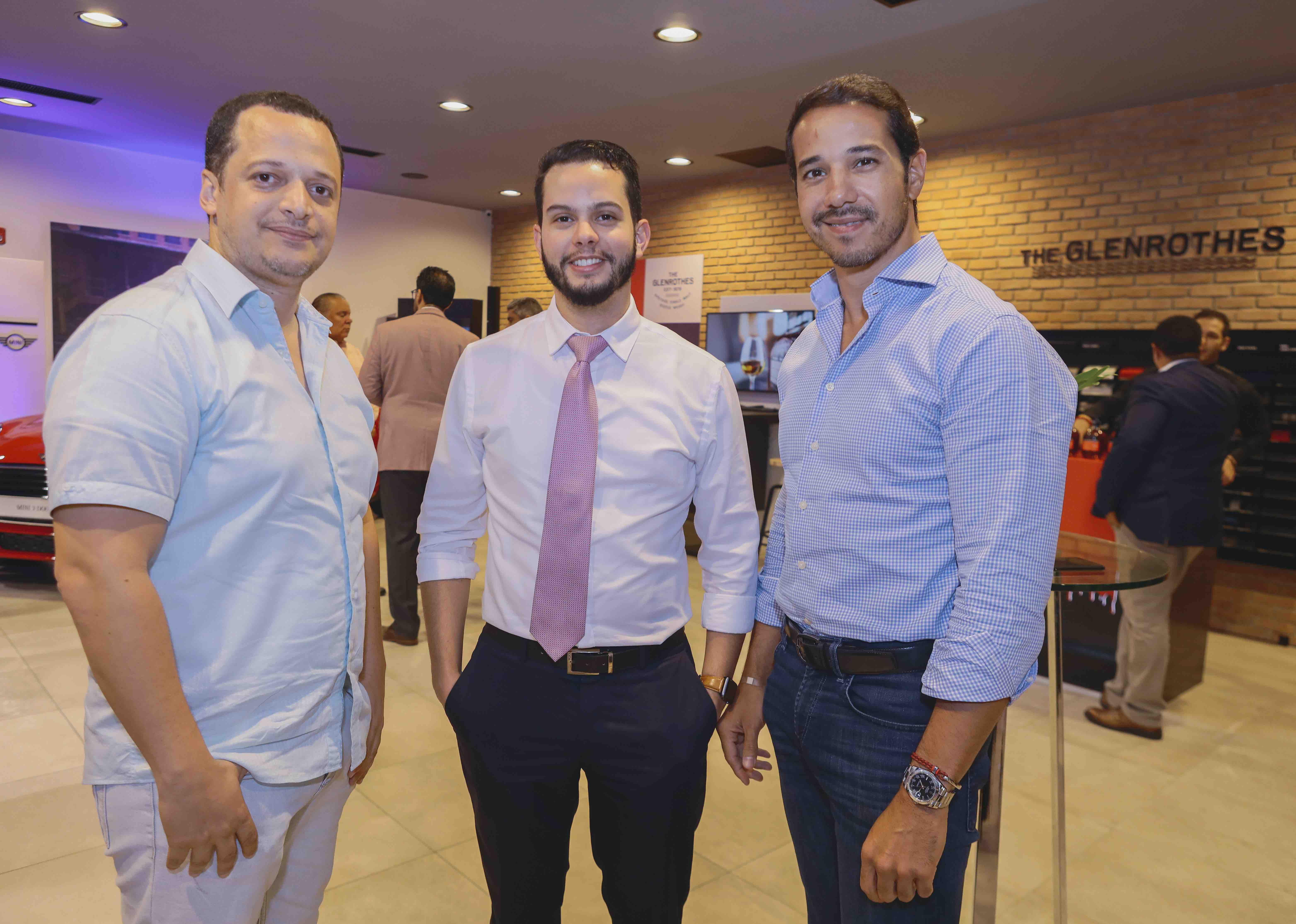 3. Elvin Peña, Luis Tejada y Barry Vásquez