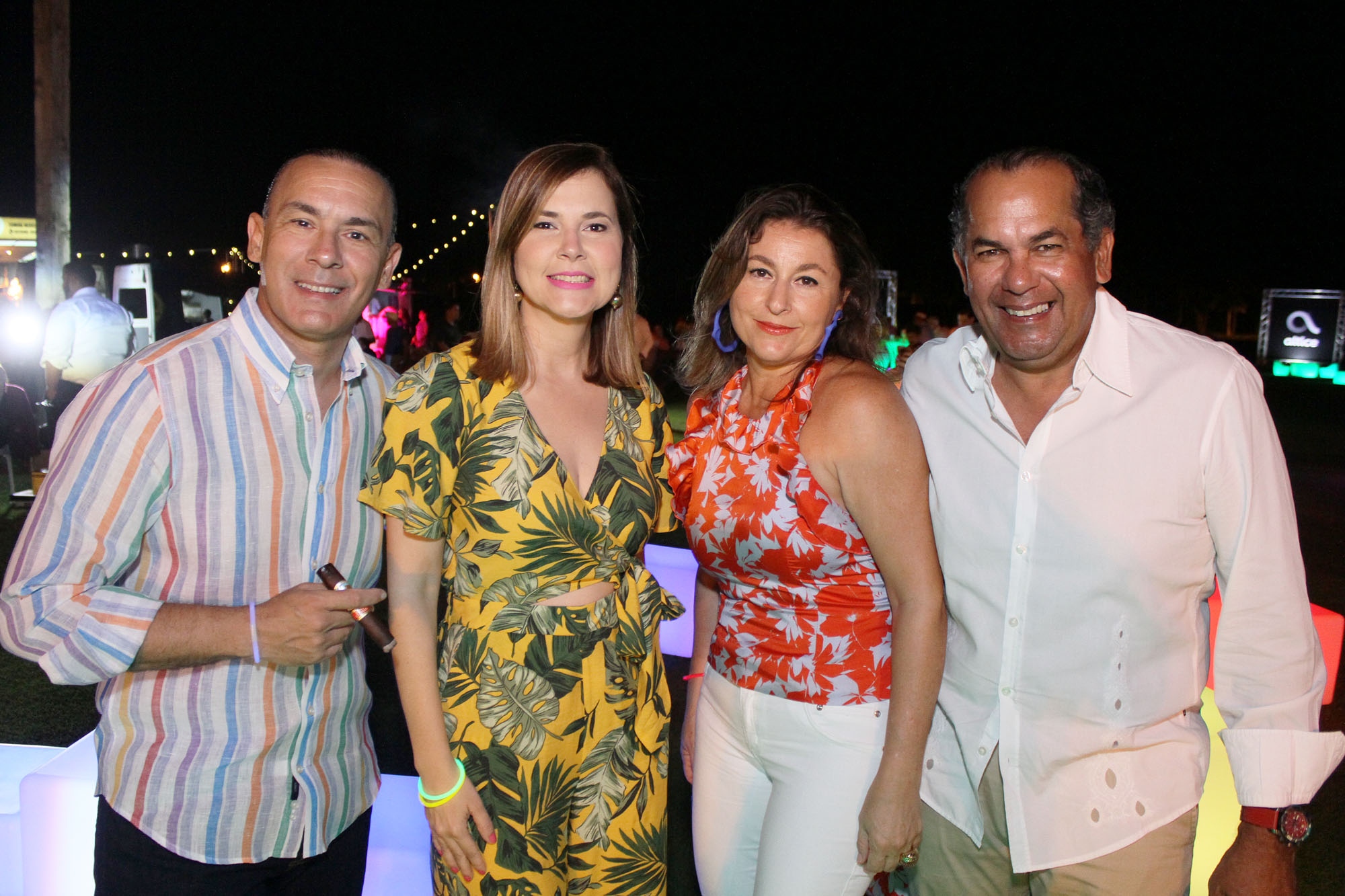 3.Manuel Sajour, Claudia de Sajour, Patricia Salazar y Reyerson Pimentel