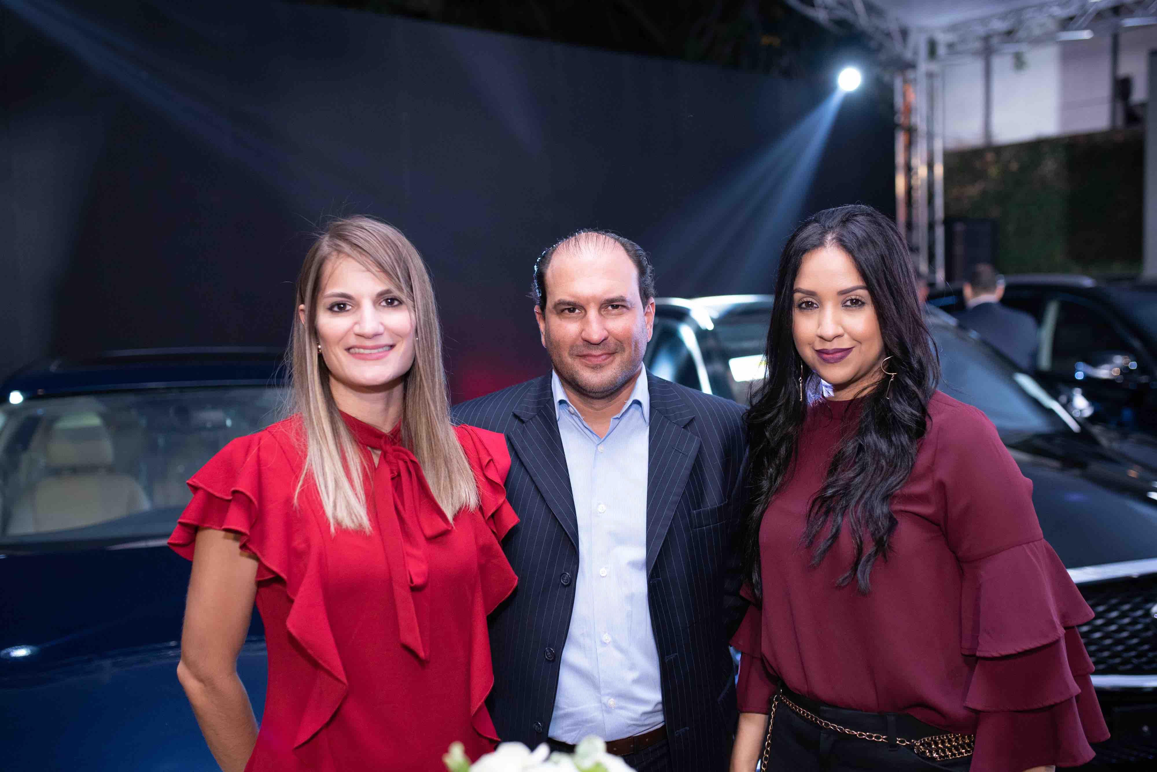 7. Ana Viñas, Juan Sierra y Liani Reyes
