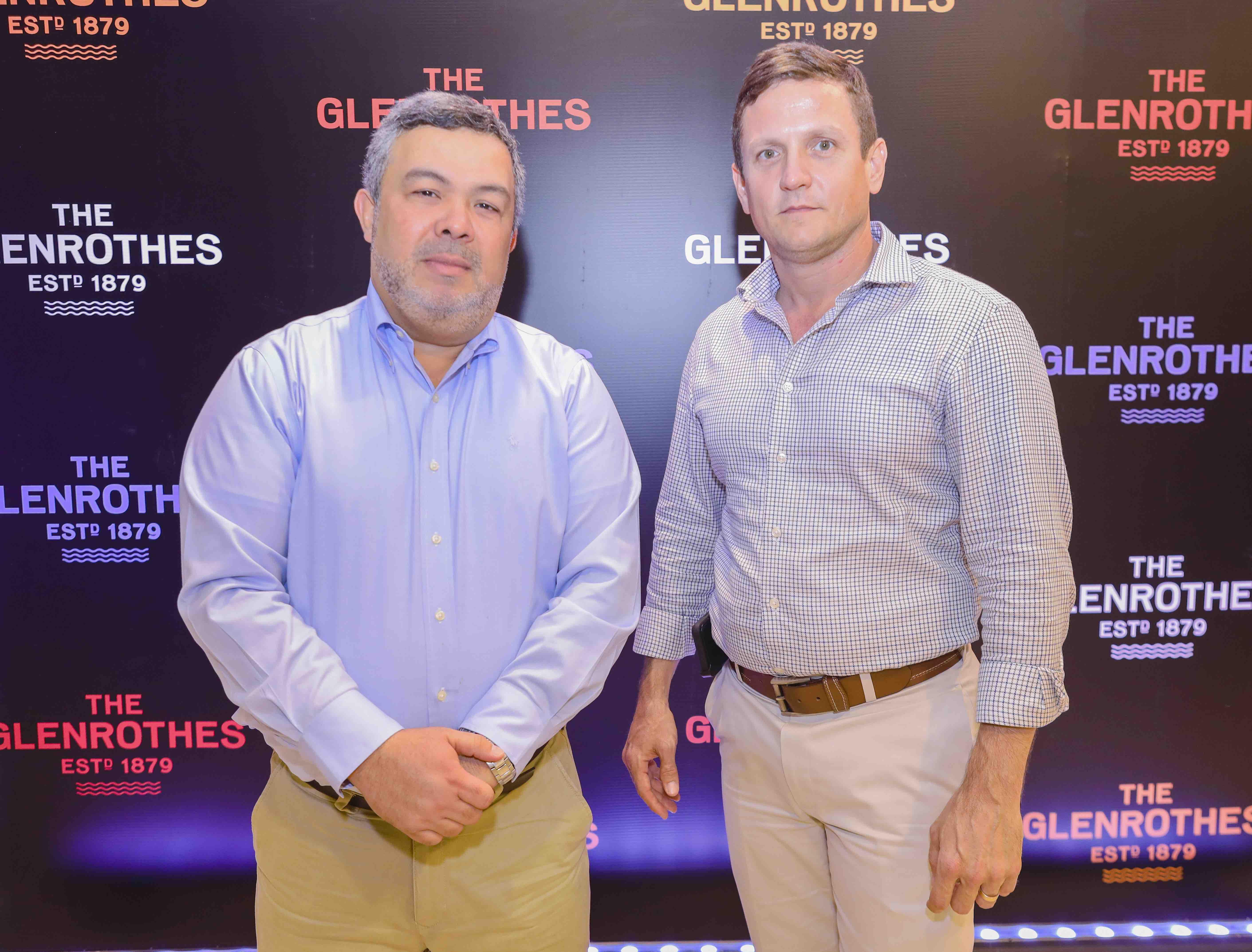 8. Luis González y Ricardo Salazar