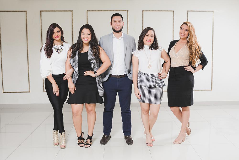 Foto Principal 02 - Perla Artílez, Karla Taveras, Pablo Puello, Karla Sanabia y Pamela Rodríguez