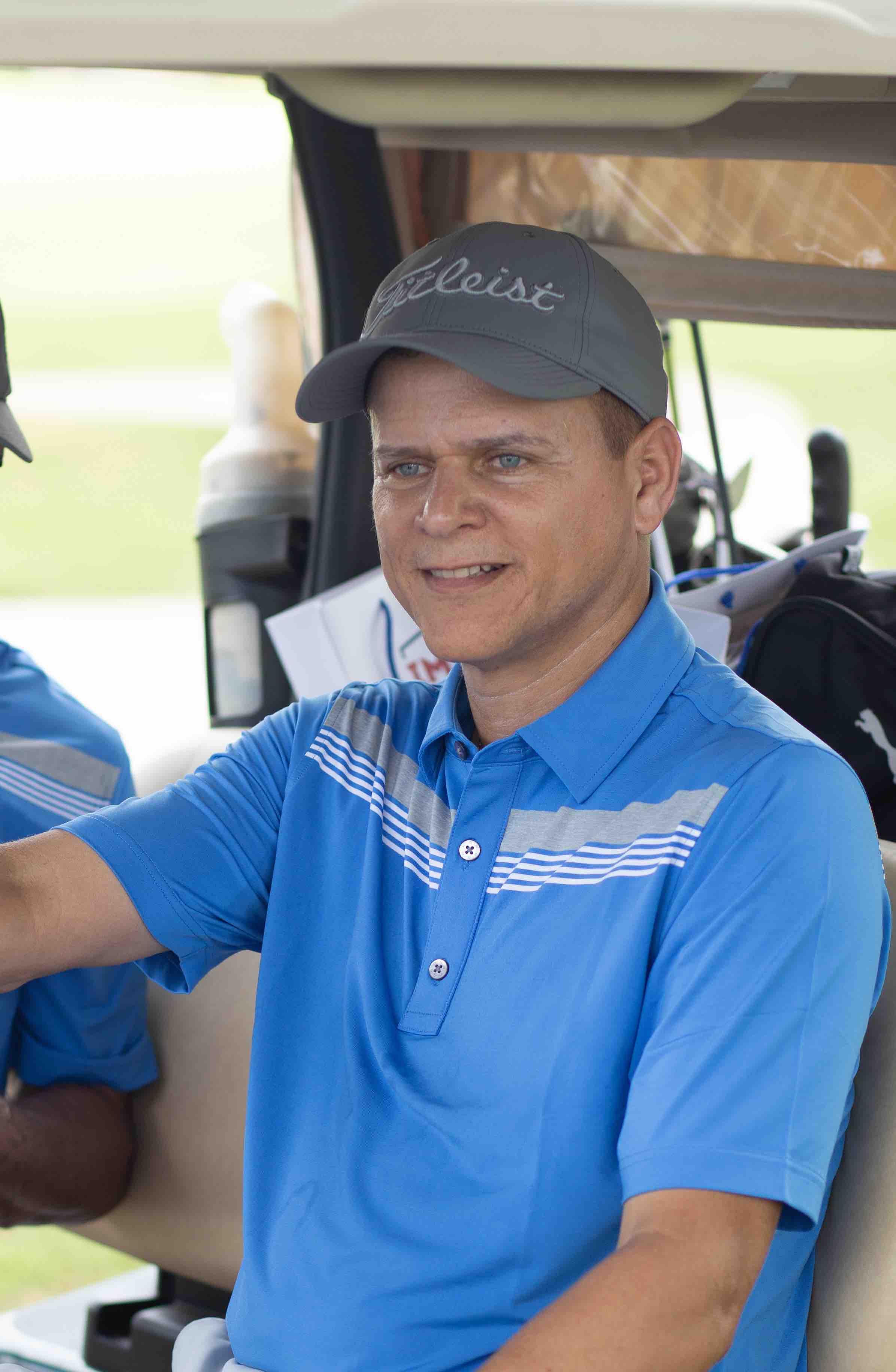 Golfista en el torneo