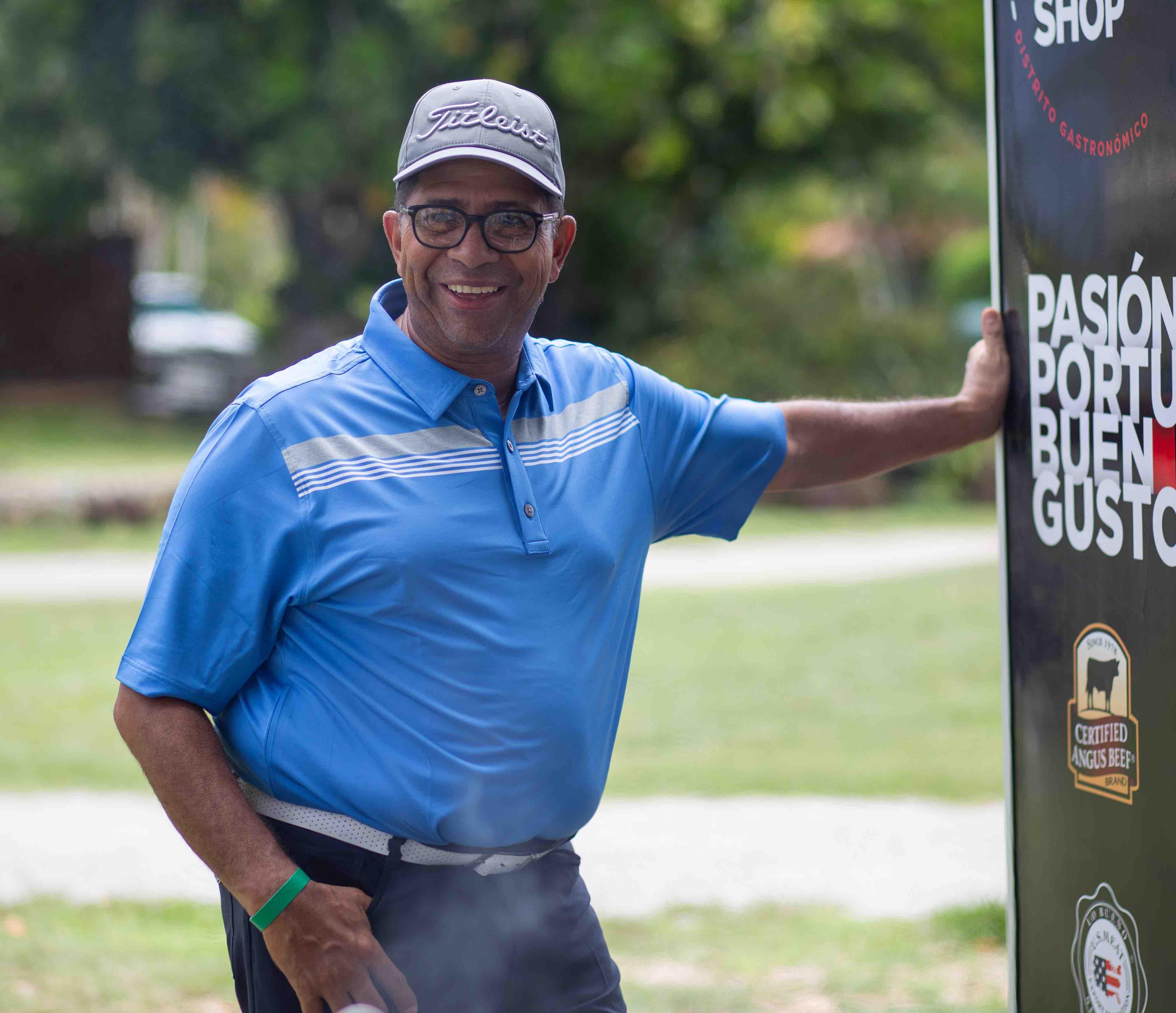 Uno de los golfistas en el stand de Imex