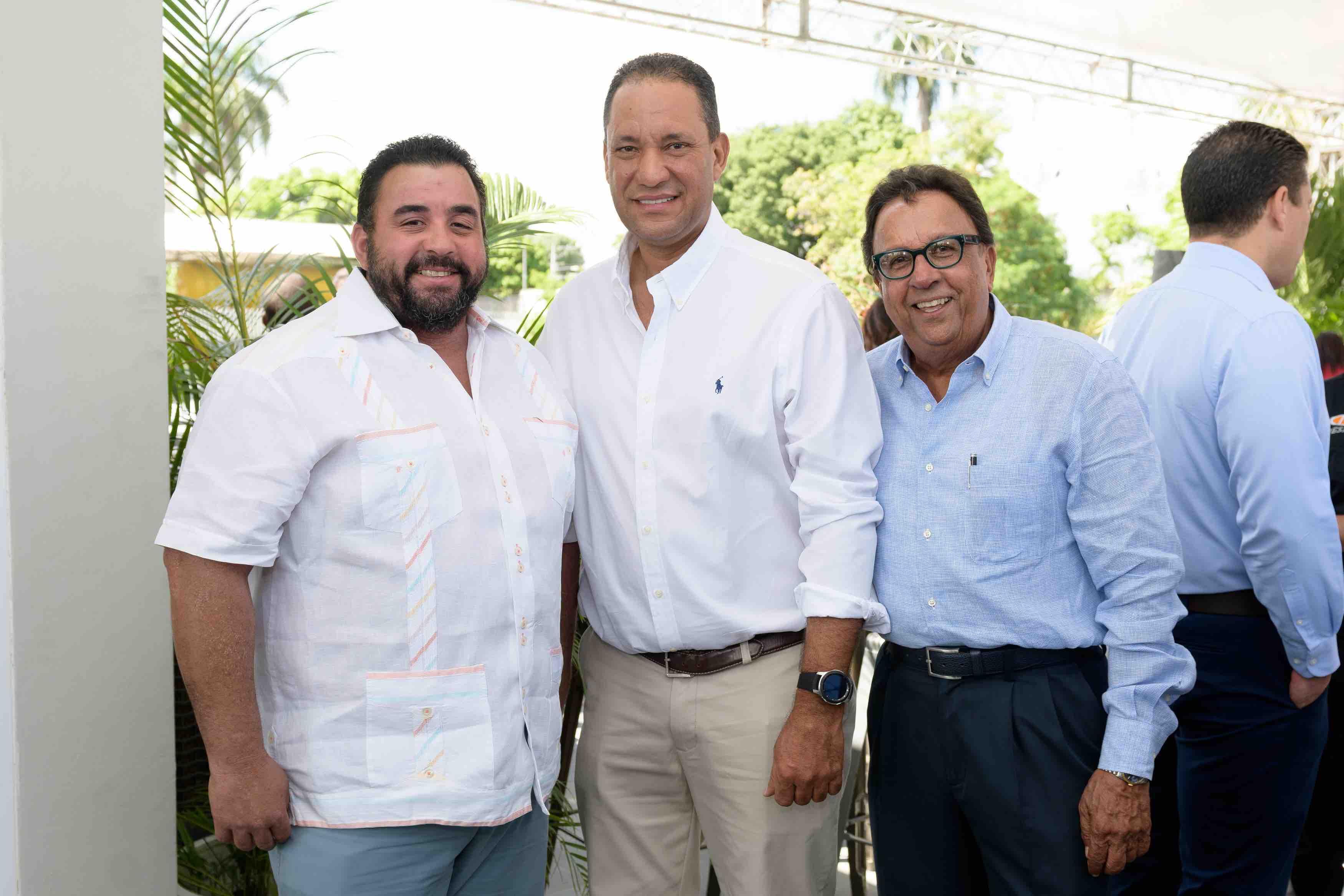 11. José López, Bolivar Ventura & José López