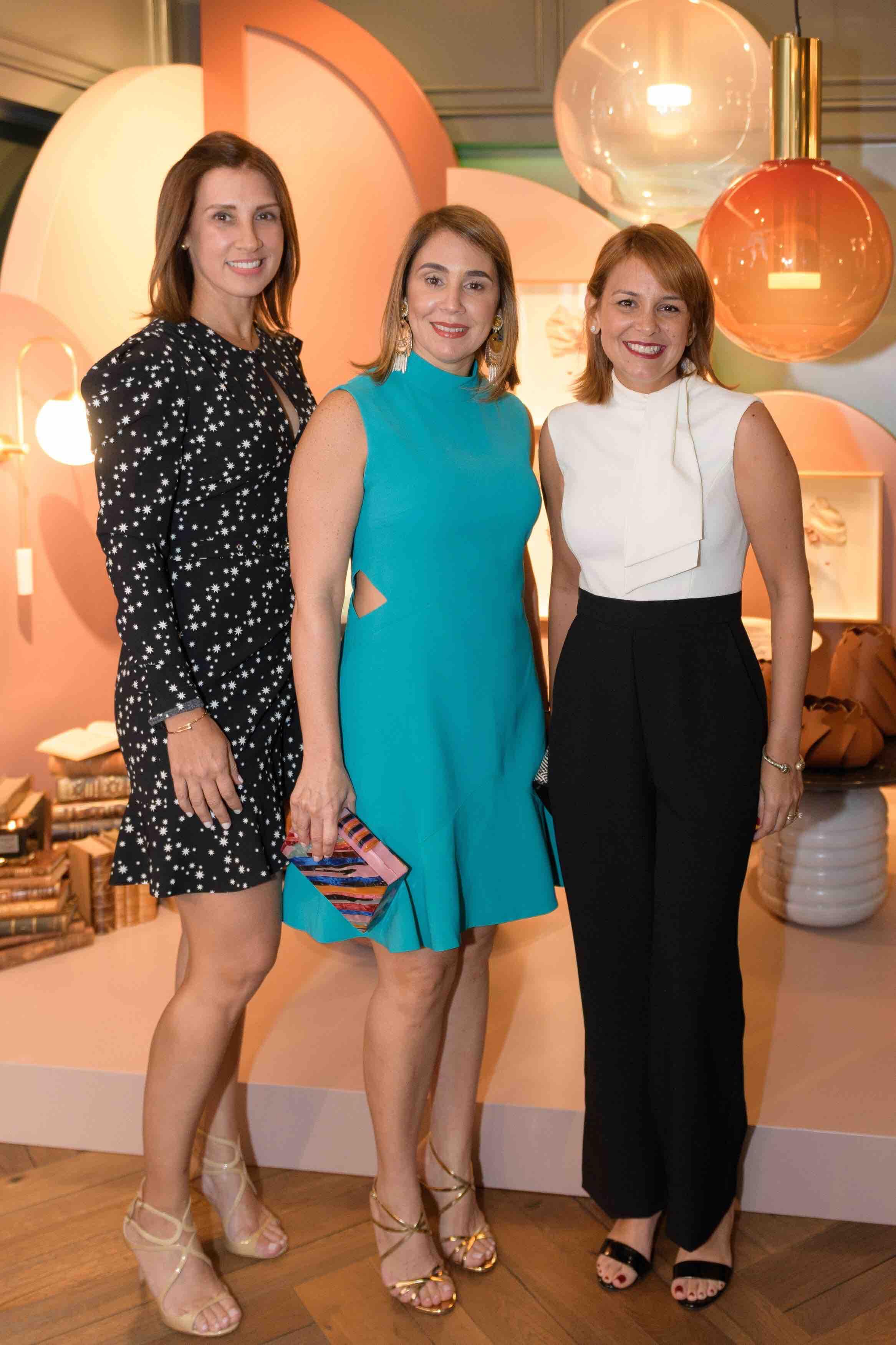 4.Laura Betances, Elizabet hBarceló De Bogaert & Maite Abreu DeMar