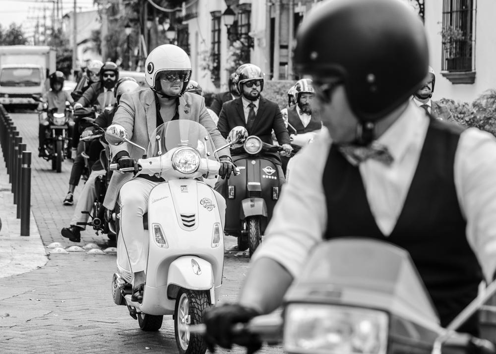 9.Riders por la ciudad